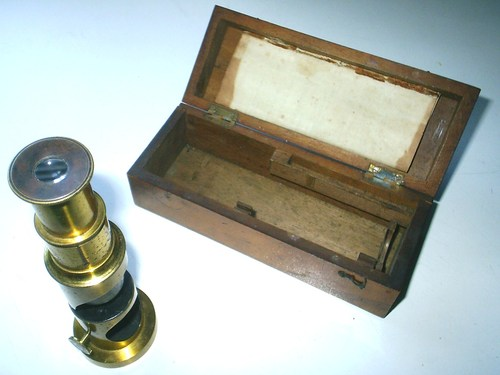 Brackenridge Microscope and Box
