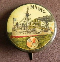More subdued, the message is still clear with regards to the Maine's sinking. Note the crossed American and Cuban flags (source: eBay image).